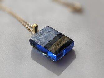 書家が作るアートなアクセサリー 逆に、あざとく…/necklace/blueの画像