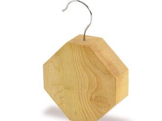 隠れた人気商品!eco防虫ブロック 青森ヒバ 八角形の画像