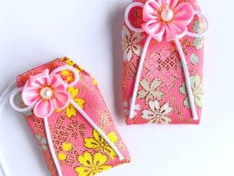 (桜吹雪)元巫女が作る花のお守り袋の画像