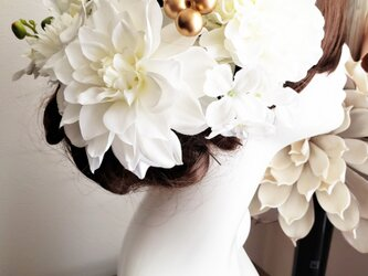 white系ヘッドドレス 胡蝶蘭とダリアの髪飾り9点Set No786の画像