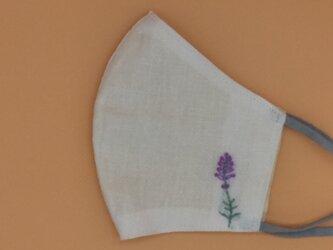 春いろ刺繍❁立体マスク(調節ゴム・ポケット付き)の画像