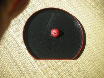 手作りの木製(ほうのき)ブローチ&ペンダントの画像