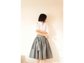ギンガムチェック たっぷりギャザースカート(黒×白/約0.9cm)の画像