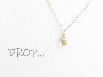d305-G141 シャンパンゴールド しずく ドロップ ネックレスの画像
