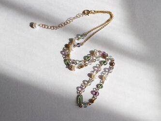春の花冠~小さな石のショートネックレス~の画像