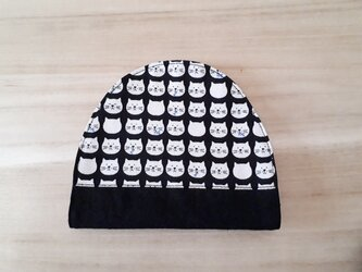 おにぎり型マスクケース(仮置き)*猫×黒*M~L対応の画像