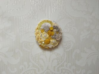 #40  刺繍ブローチ 黄色い花束の画像