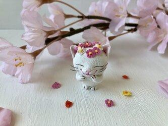 春かんむり猫さん 白の画像