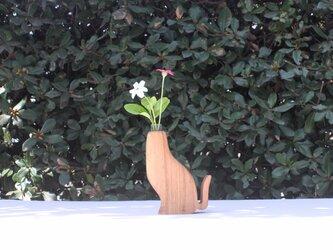 木の猫花瓶【タモ】の画像