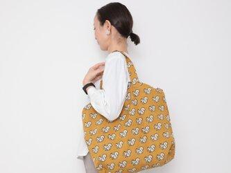 Hand block print kinchaku bag / risuの画像