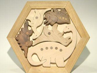 木のパズル 恐竜 B いろんな木を集めての画像