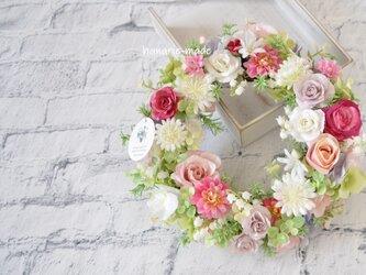 ピンクのバラとすずらん リース:母の日フラワー 母の日 ウェディング バラ ローズ すずらん ピンクの画像