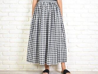 ギンガムチェックふんわりギャザーのロングスカートの画像