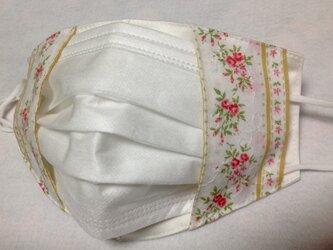 不織布マスクが見えるマスクカバー✳︎小花柄の画像