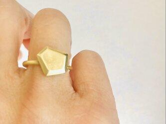 真ちゅうリング  いびつな五角形の画像