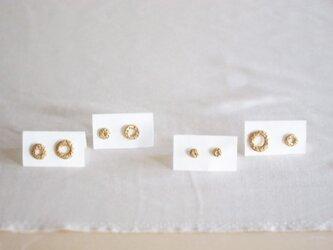 金環ピアスの画像