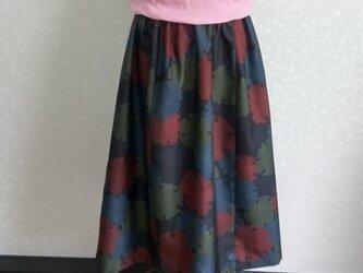 着物リメイク♪上質な雪輪模様の泥大島紬(5マルキ)お洒落な大人スカート(裏地付き)丈78cmの画像