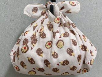 手縫いのあずま袋【ハリネズミりんご】の画像