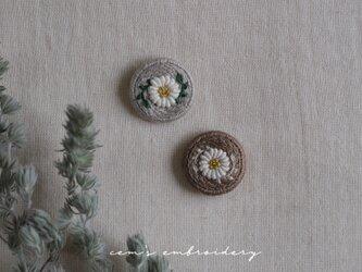 tiny daisy (gray)の画像