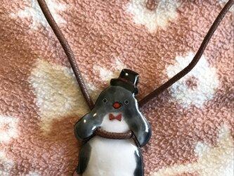 七宝 ぶら下がり ペンギン おめかし ネックレスの画像