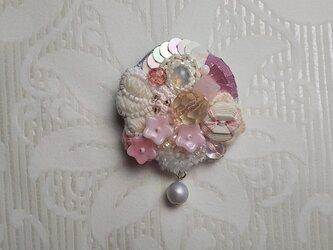 #41  刺繍ブローチ 桜の園の画像