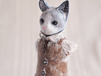 猫の胸像(塑像)の画像