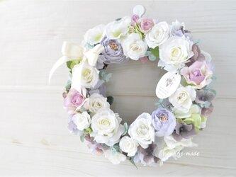 ローズガーデン バラとラナンキュラスのリース:母の日 ピンク 白 の画像