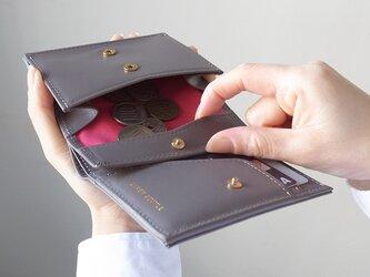 小銭が取り出しやすい!二つ折り財布 - Short Wallet - グレー - :カレン クオイルの画像