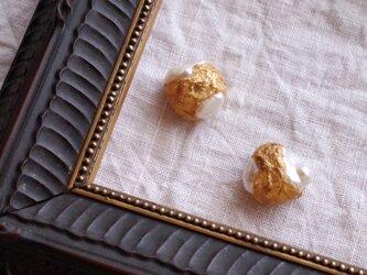 『真珠と金の鉱石粒 -B-』 ピアス/イヤリング f-102-4の画像