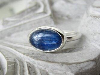 カイヤナイト(オーバル型)・リング(silver)の画像