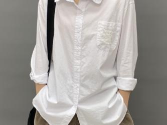 新作 白のシャツ   レディース シャツ  カジュアル 日焼け止め薄手のシャツ 春夏の画像