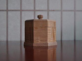 シオジ8角小箱の画像