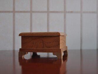 ケヤキ珠杢蝶番付き小箱の画像