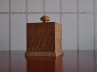 ミズ楢縮み杢落とし蓋小箱(小)の画像