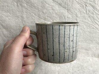 KKさまご検討品 粉引きのマグカップ (青ライン柄)の画像