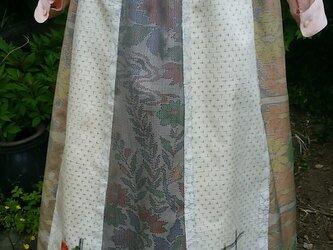 着物リメイク  パッチ • スカート 裏地あり。裏地、表 絹。一点品の画像