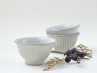 ミルキーホワイトしのぎのお茶碗 小の画像