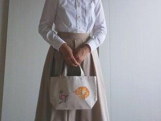 猫と花 手描き染め 帆布トートバッグ Sサイズの画像