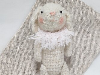 【再販】小さな白ウサギさん(あみぐるみ)の画像