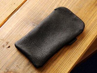 《RUSSETY》レザースリーブケース Regular  iPhone・スマホケース ブラックの画像