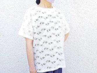 ホワイト刺繍ブラウス★コットン花柄刺繍プルオーバーの画像