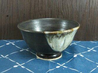 陶器 ご飯茶碗 やや大 黒+白【210307】の画像