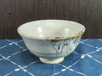 陶器 ご飯茶碗 中 白+茶色【210308】の画像