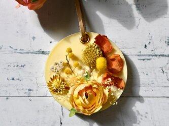 香り・カラー・紐金具がえらべる*黄橙のビタミンカラー アロマワックスサシェの画像
