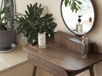 受注生産 職人手作り 化粧台 ドレッサー 鏡台 コスメ 木目 天然木 家具 無垢材 ウォールナット エコ LR2018の画像