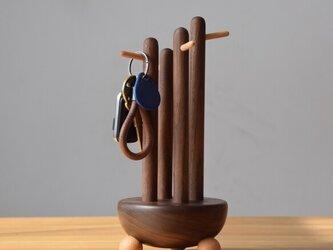 受注生産 職人手作り キーホルダー 鍵掛け 玄関 無垢材 天然木 木目 木工 ウォールナット 雑貨 エコ LR2018の画像