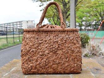 山葡萄(やまぶどう)籠バッグ |  小六角花束嵌入乱れ編み(片面) | 巾着と中布付き | 2021新品の画像