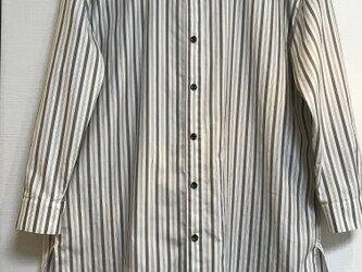 *キリリッと素敵な*スタンドカラーシャツの画像