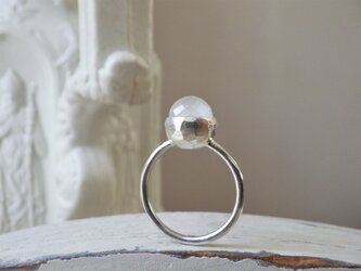 SVミラーカットムーンストーンのリングの画像