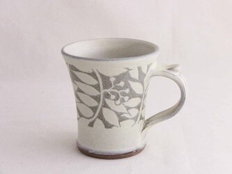 ナナカマド白いマグカップ(蘭越)/オーダー受付可の画像